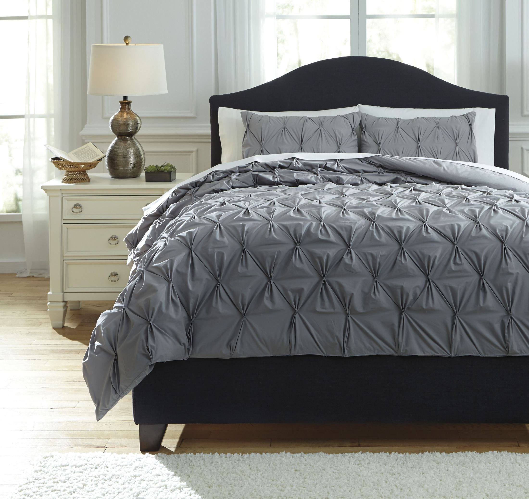 Ashley Furniture Cyrun Gray Queen Duvet Cover Set: Rimy Gray Queen Comforter Set From Ashley (Q756023Q