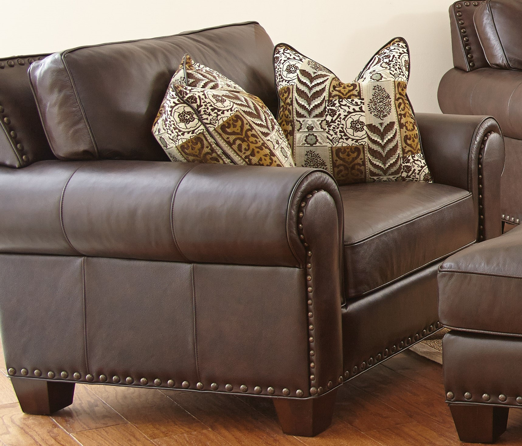 Leather Sofa For Accent Pillows: Escher Top Grain Leather Chair With 2 Accent Pillows From