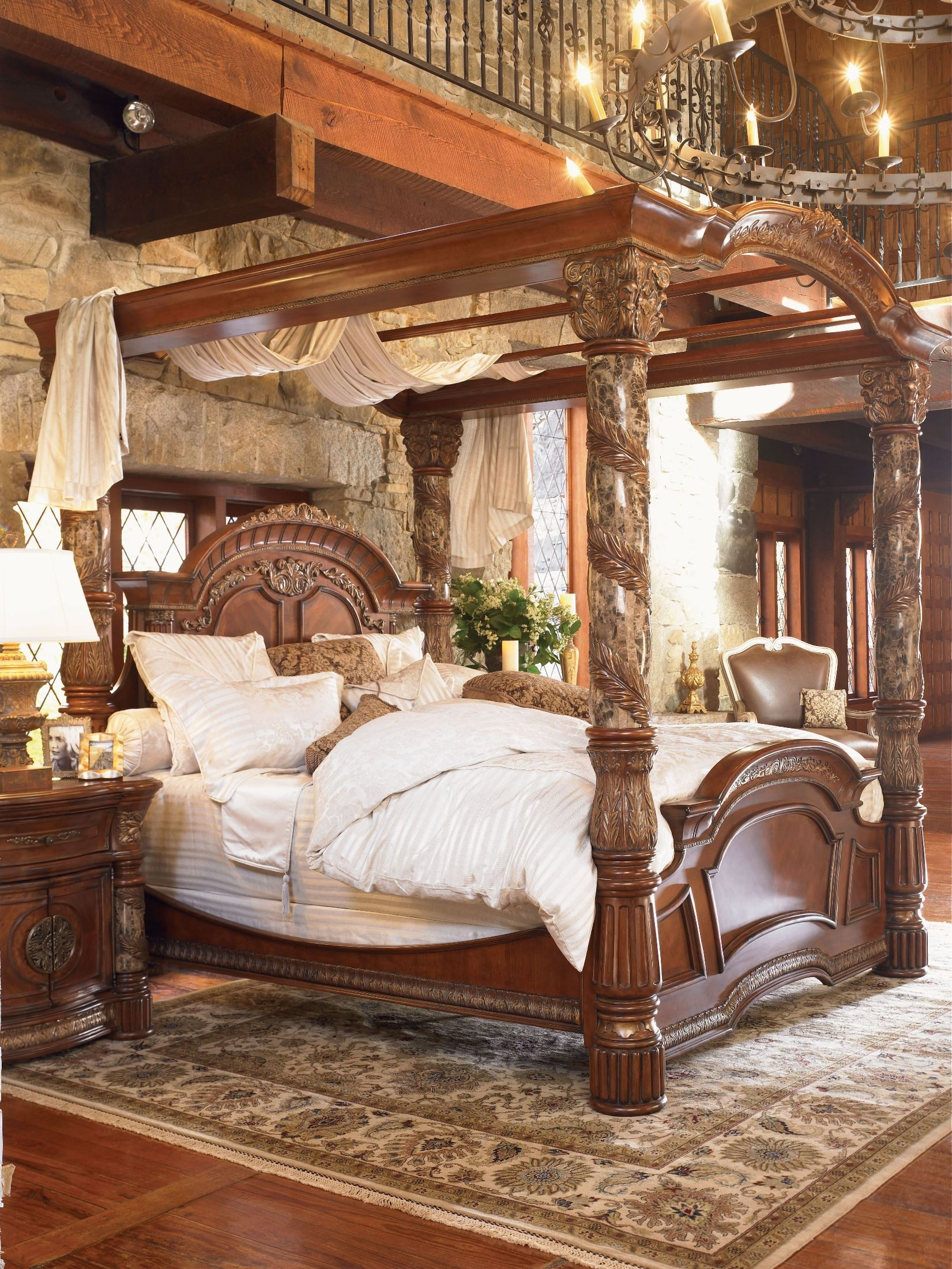 Valencia Carved Wood Traditional Bedroom Furniture Set 209000: Villa Valencia Cal. King Poster Canopy Bed From Aico