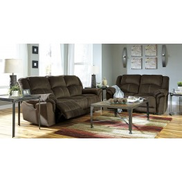 Quinnlyn Coffee Reclining Living Room Set