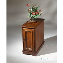 Plantation Cherry 1476024 Chairside Chest