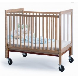 I See Me Infant Crib