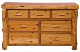 Traditional Cedar 7 Drawer Dresser