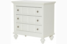 Lynn Haven Soft Dover White Bachelor Chest