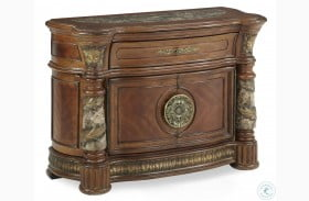 Villa Valencia Bachelor's Chest